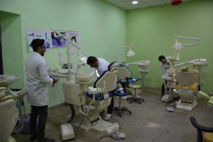حملة تنظيف تطوعية لطلبة كلية طب الاسنان